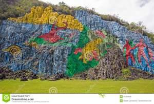 mur-préhistorique-dans-viã-ales-cuba-45489506